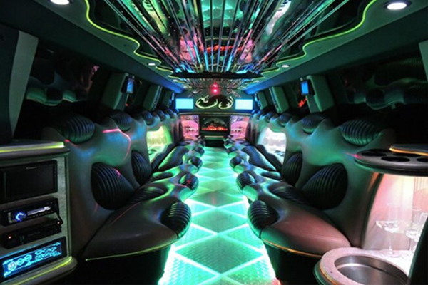 Hummer limo rental 2 Saint Paul Minnesota