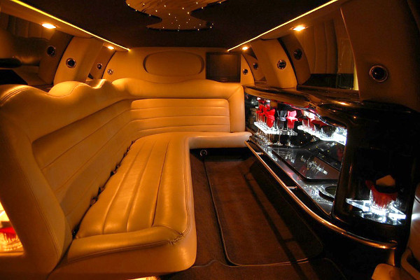 lincoln limo service Saint Paul Minnesota